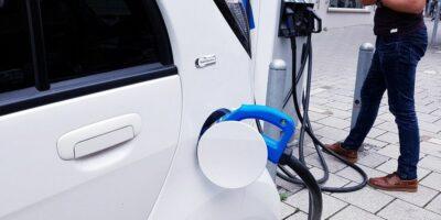 Elektrische voertuigen die je kunt leasen