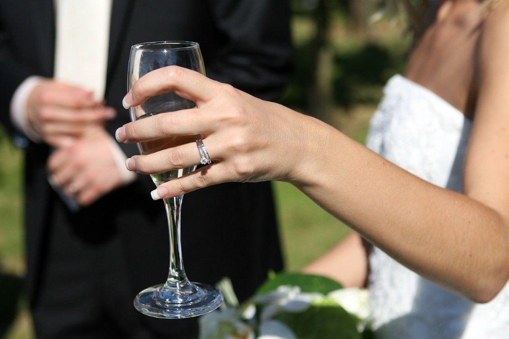 Shop de mooiste bruidsmode onlin
