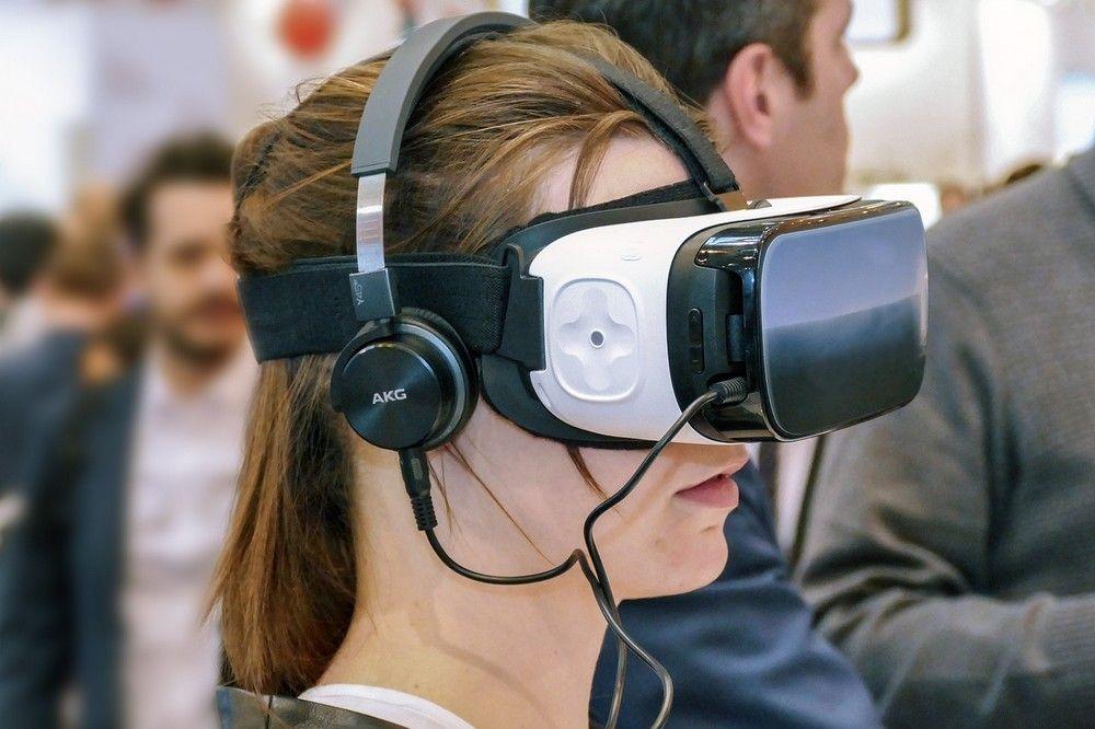 Wat is Virtual Reality en hoe gebruiken bedrijven deze technologie anno 20